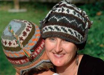wool_hat_hug